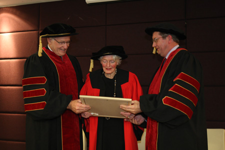 Honorary doctorate recipient Zena Daysh with Waikato University Chancellor Rt Hon Jim Bolger and Vice-Chancellor Professor Roy Crawford